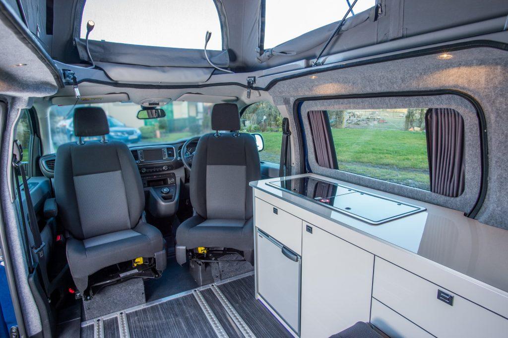 Toyota Proace Lerina: konečně kempingová verze | Auta a ...