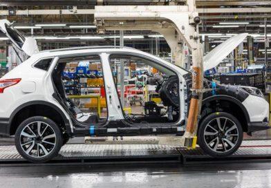 Nissan sníží výrobu. Až o pětinu!