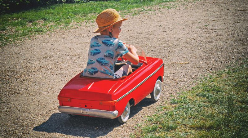 Toyota si patentovala …šlapací auto!!!