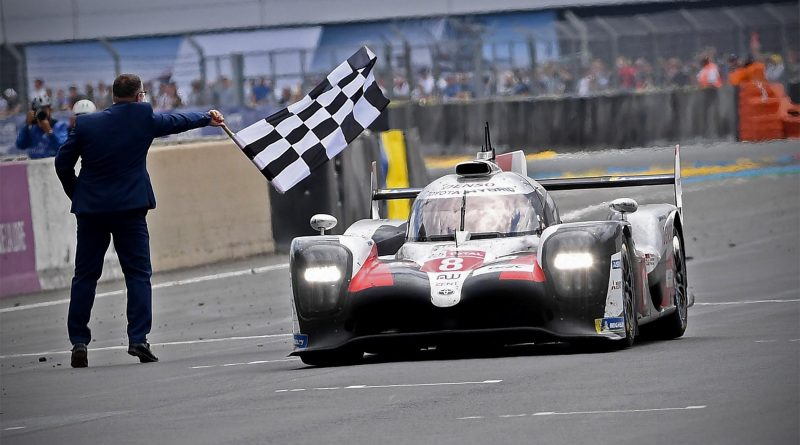 Le Mans 24 Hours: Toyota má double