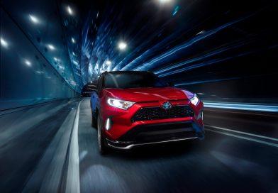 Toyota RAV4 Prime: plug-in hybrid má výkon přes 300 koní!