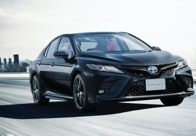 Toyota Camry: oslava 40 let limitkou Black Edition